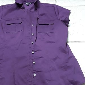 Cute fitted work shirt size 4-6